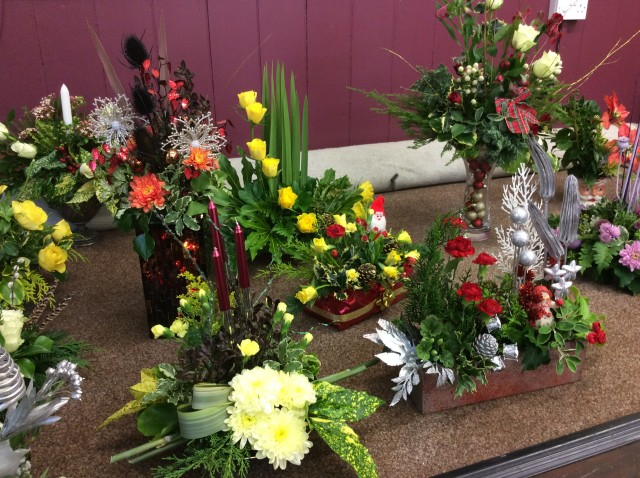Flower arranging led by Lynne December 2018 - photo 7