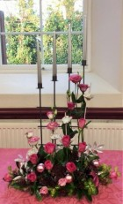 Flower arranging demonstration Lynne Christmas 2019 - photo 2